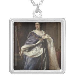Queen Anne, 1703 Square Pendant Necklace