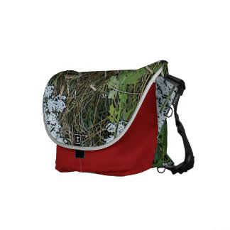 Queen Anne's Lace White Wild Flower Courier Bag