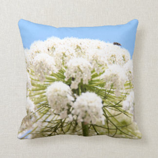 Queen Anne's white Lace flower against blue sky Pillows