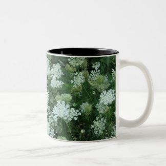 'Queen Ann's Lace' Two-Tone Coffee Mug
