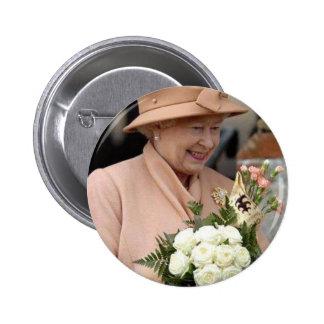 Queen Elizabeth. Buttons