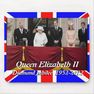 Queen Elizabeth jubilee family portrait mousepad