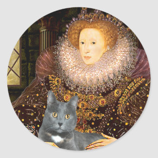 Queen - grey cat classic round sticker