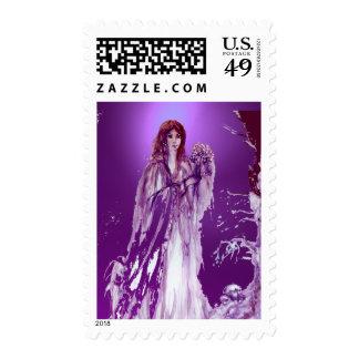 QUEEN GUINEVERE gem purple Stamp