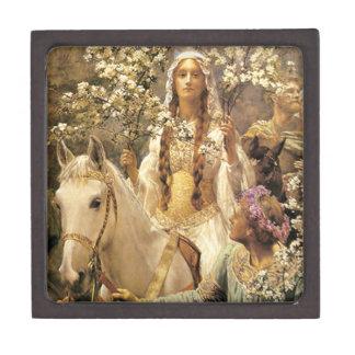 Queen Guinevere Maying Gift Box Premium Trinket Box