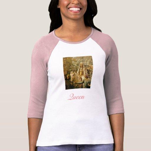 Queen Guinevere Pre-Raphaelite Art T-Shirt