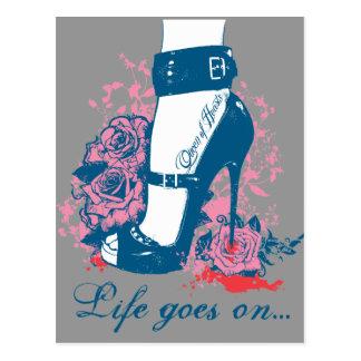 Queen of hearts edgy shoe design postcard