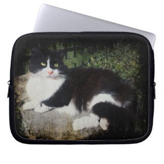 Queen of the Garden Cat Neoprene Laptop Sleeves