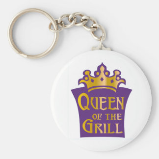 Queen of the grill basic round button keychain