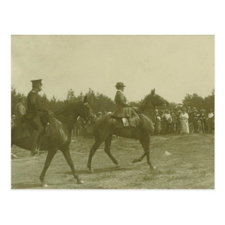 Queen Wilhelmina on horse on parade #019SS Postcard