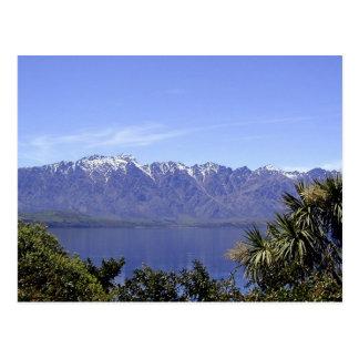 Queenstown, montañas de NZ y postales de la