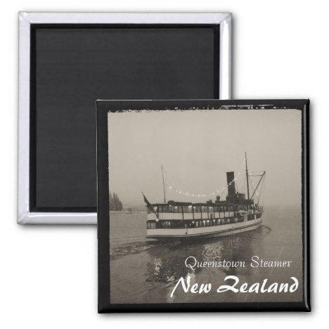 Queenstown, Steamer, New Zealand (Magnet)