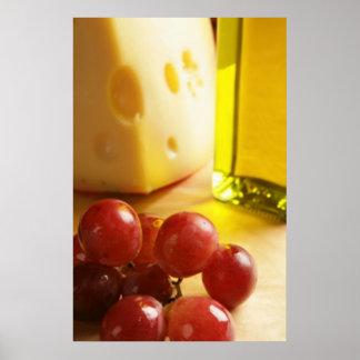 Queso, aceite de oliva y impresiones del poster de