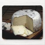 ¡Queso él para arriba! Regalo del queso de la dive Tapetes De Raton