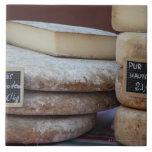 quesos típicos de los Pirineos Azulejo Cuadrado Grande
