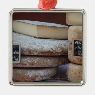 quesos típicos de los Pirineos Adorno Cuadrado Plateado