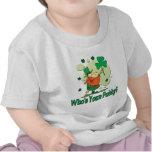Quién es su Leprechaun divertido del arroz Camisetas