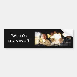 """""""Quién está conduciendo?"""" Pegatina para el paracho Etiqueta De Parachoque"""