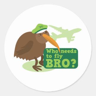 ¿Quién necesita volar bro? humor del pájaro del Pegatina Redonda