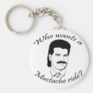 ¿Quién quiere un paseo del bigote? Llaveros Personalizados