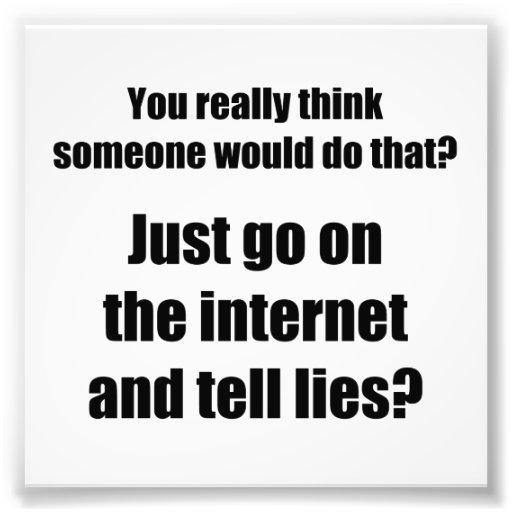 ¿Quién separa mentiras en el Internet? Impresión Fotográfica