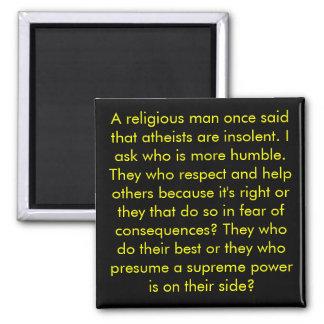 ¿Quién son más humildes? ¿Ateos o cristianos? Imán Cuadrado
