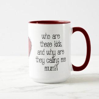 Quién son taza de café de estos niños