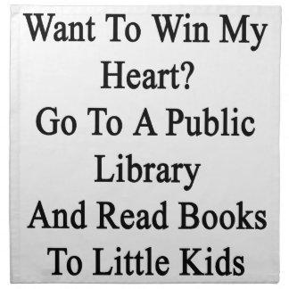 Quiera ganar mi corazón van a una biblioteca servilleta