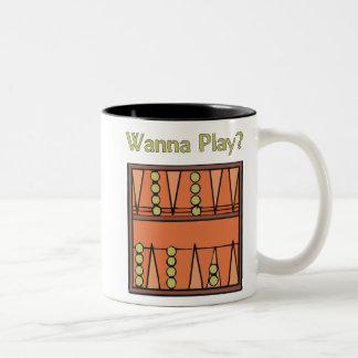 ¿Quiera jugar? Tazas del backgammon