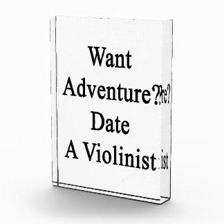 Quiera la fecha de la aventura un violinista