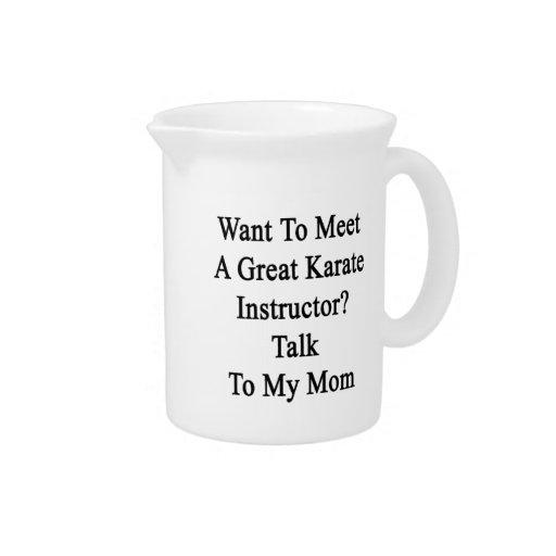 Quiera resolver una gran charla del instructor del jarra