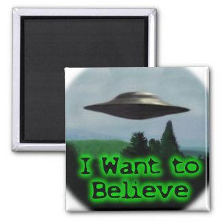 Quiero creer imán cuadrado