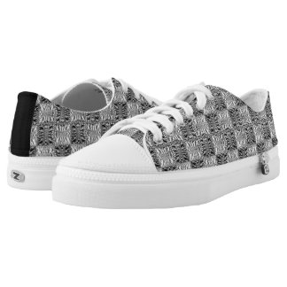 Quilted Hooks and Eyes Low-Top Sneakers