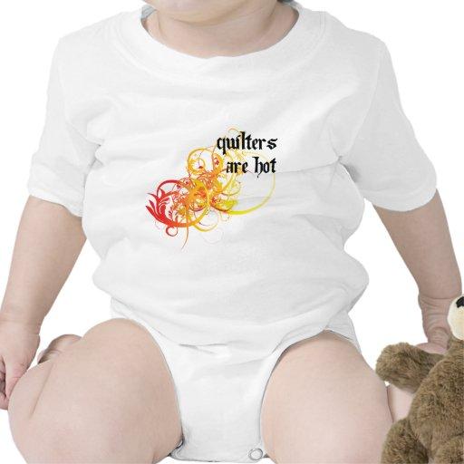 Quilters es caliente traje de bebé