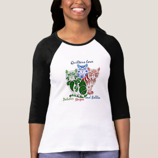 Quilters love cats delft(Patches/Stripes/Bobbles) T-Shirt