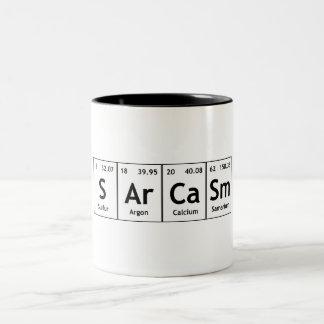 Química de la palabra de los elementos de tabla taza de café de dos colores