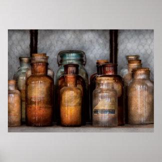 Químico - diversas sustancias químicas poster
