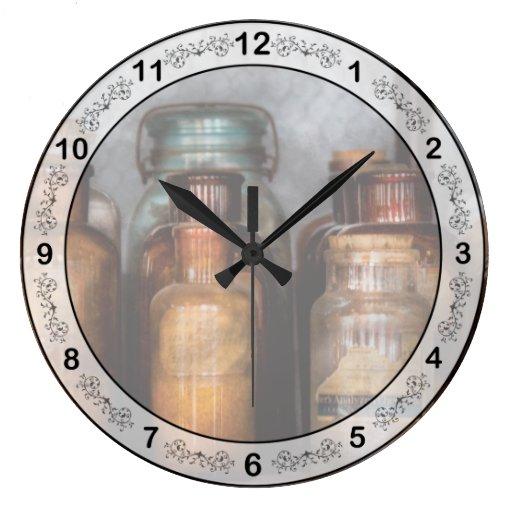 Químico - diversas sustancias químicas reloj