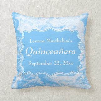 Quinceanera azul en colores pastel elegante almohadas