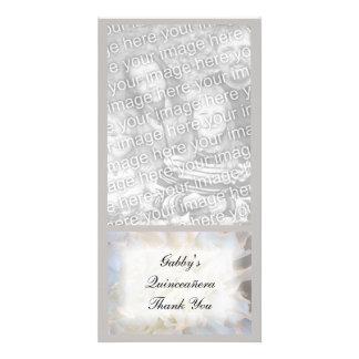 Quinceañera floral blanco le agradece tarjeta de l tarjeta fotográfica