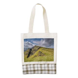 Quiraing, Isle of Skye, Scotland Zazzle HEART Tote Bag