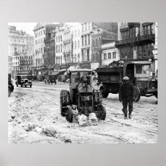 Quitanieves 1924 del tractor poster