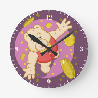 Quizzy Bear Round Clock