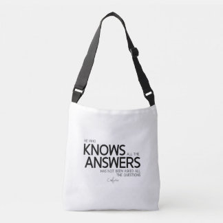 QUOTES: Confucius: Knows all the answers Crossbody Bag