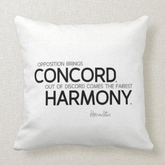 QUOTES: Heraclitus: Opposition, harmony Throw Pillow