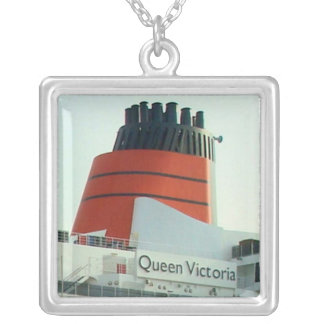 QV Stack Necklace