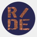 R/DE CLASSIC ROUND STICKER