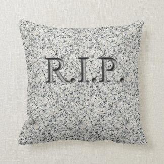 R.I.P. Falsas almohadas grabadas de la lápida