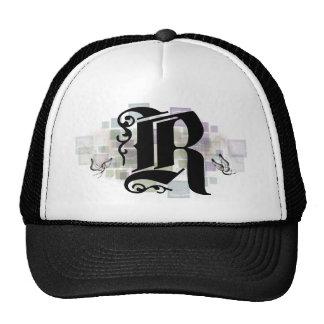 R inicial gorra