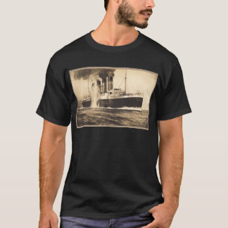 R.M.S. Lusitania Hit by Torpedos off Kinsale Head T-Shirt